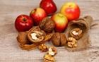 Apfel, Nuss und Mandelkern - haben alle Kinder gern