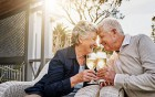 Im Alter - Alkohol gegen Demenz